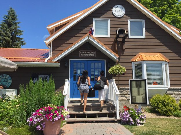 Schoolhouse Restaurant, Restaurant, Grand Bend