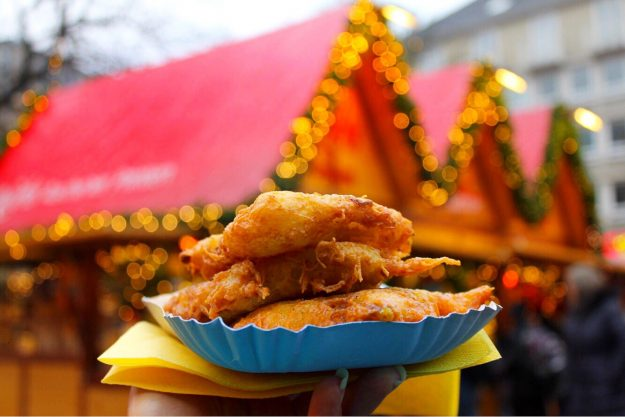 christmas market foods in germany reibekuchen