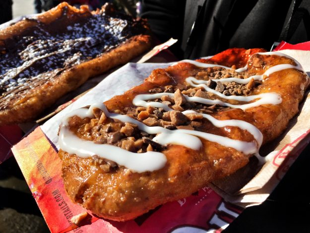 BeaverTails, Ottawa In The Winter, Winterlude, weekend getaway Ontario