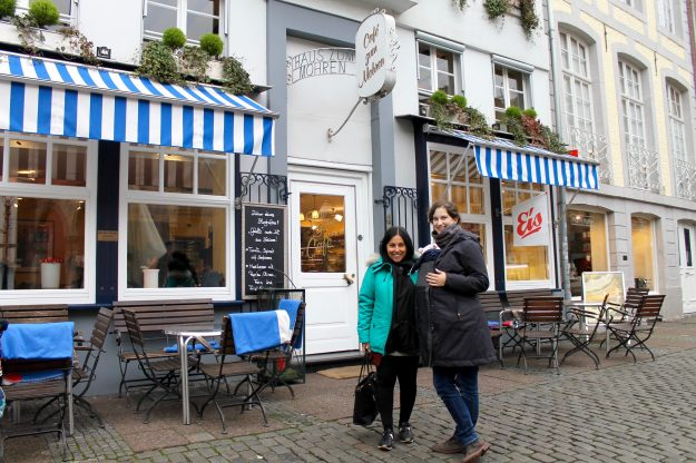 What to eat, see and do in Aachen Germany. Weekend itinerary. Café zum Mohren.