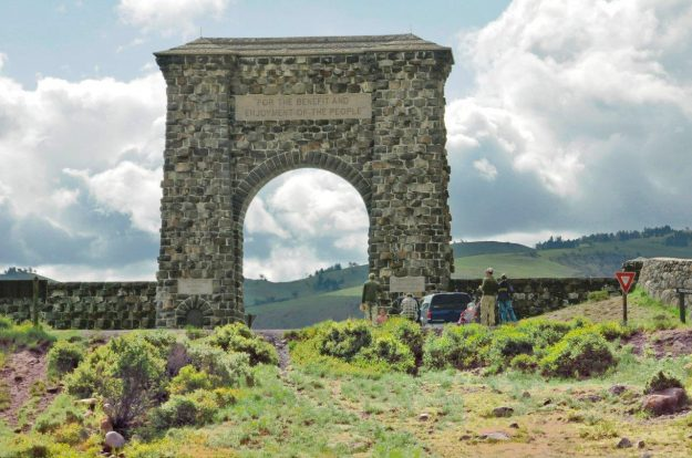 Insider Tips For Visiting Yellowstone National Park, Roosevelt Arch