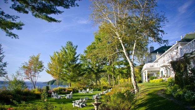 Where To Stay And Play In The Eastern Townships, Manoir Hovey, Quebec