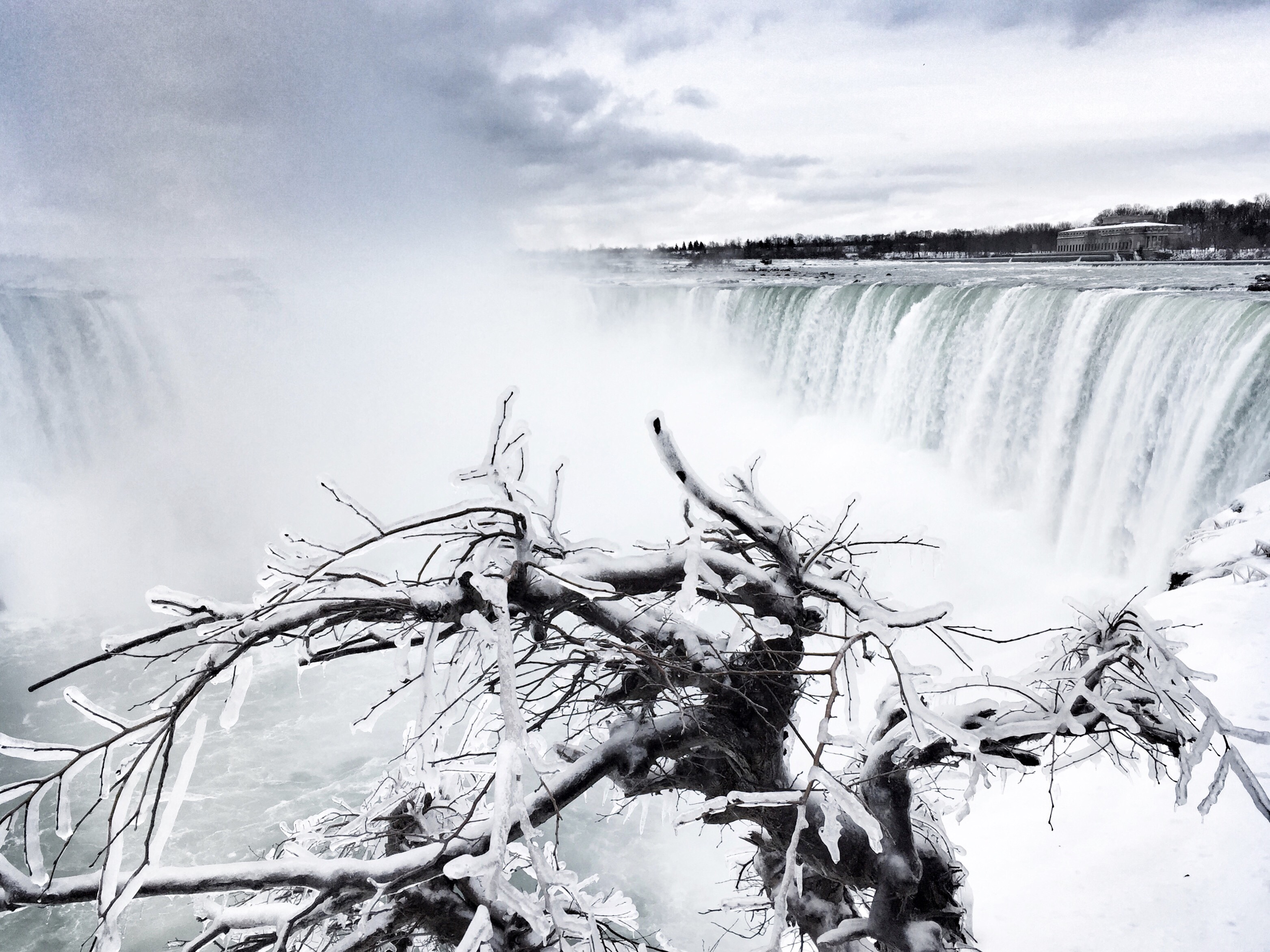 Weekend Escape: Niagara Falls In The Winter - The Curious Creature